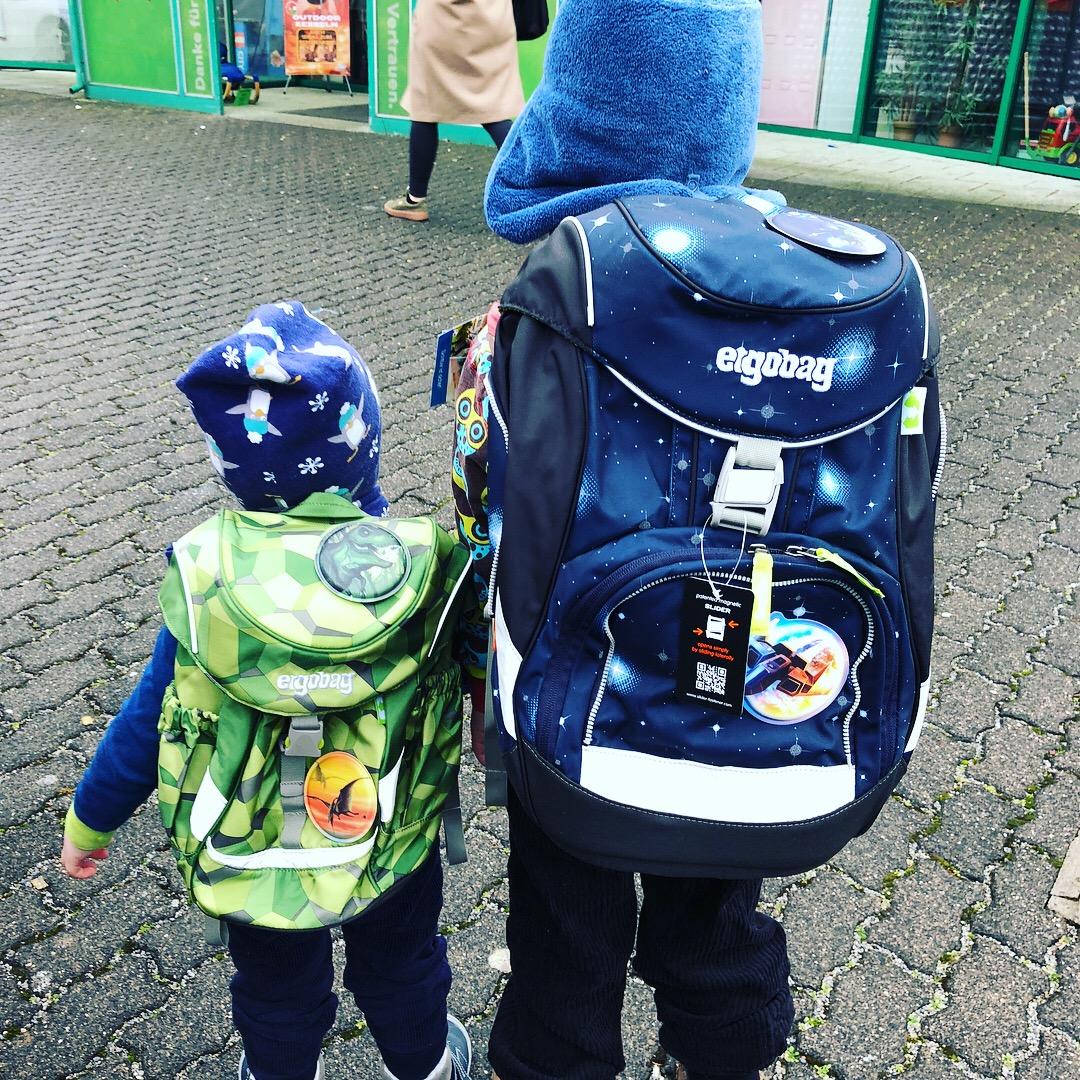 Einschulung 2018 – wir kaufen den Schulranzen – Ergobag Pack Galaxy Glow