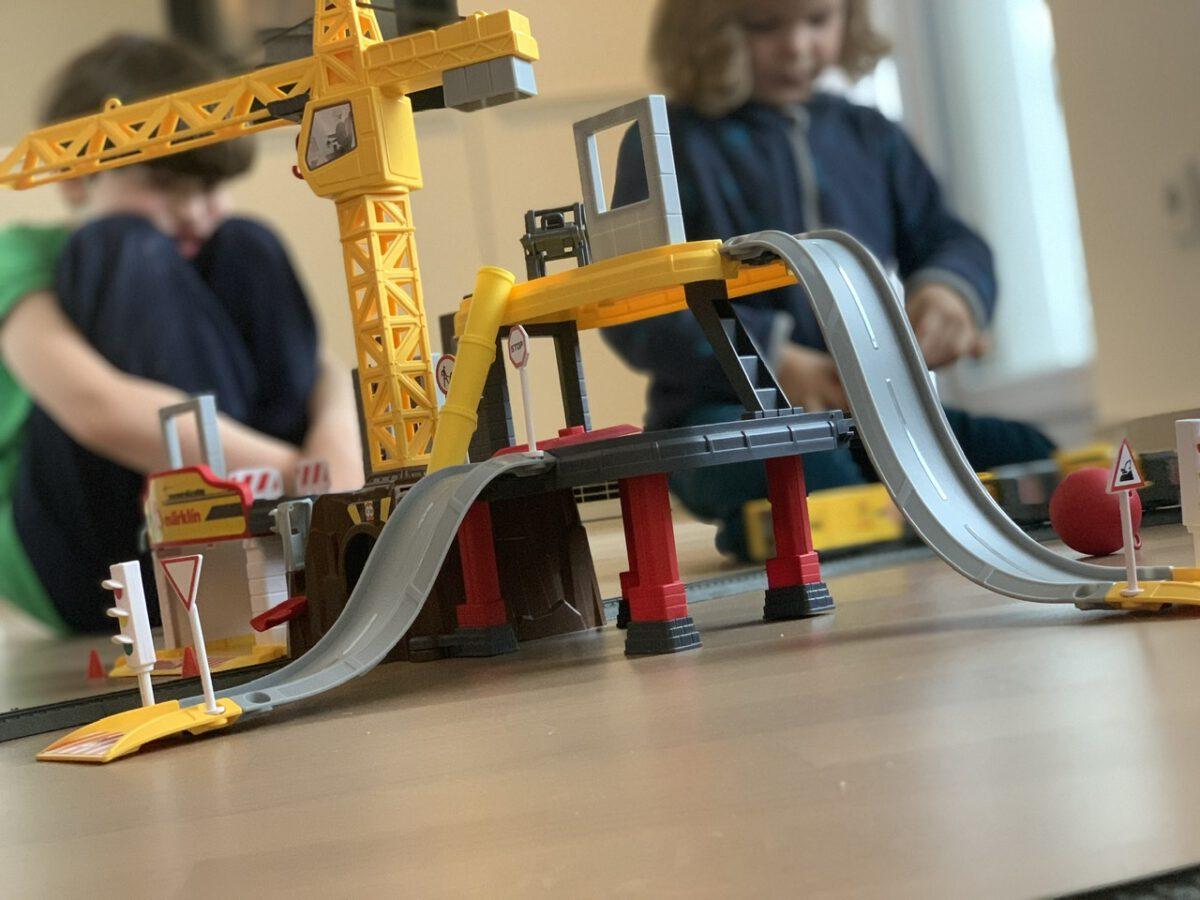 ANZEIGE Kindertraum Spielzeugeisenbahn von märklin – my world